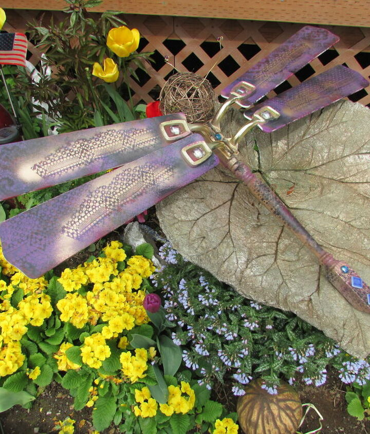 repurpose ceiling fan dragonfly glows in the dark, crafts, gardening, how to, repurposing upcycling