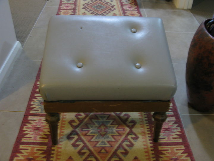 Admirable Ugly Grey Vinyl Foot Stool Gets A Pretty Makeover Hometalk Download Free Architecture Designs Scobabritishbridgeorg