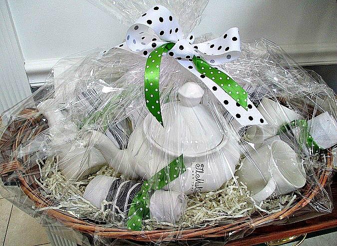 Diy herb garden gift baskets hometalk diy gift baskets container gardening crafts gardening homesteading solutioingenieria Image collections