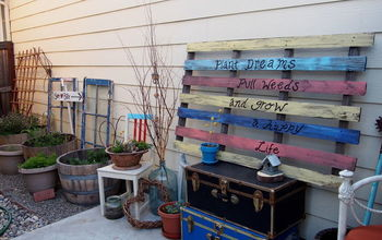 garden pallet art, crafts, gardening, outdoor living, pallet, repurposing upcycling