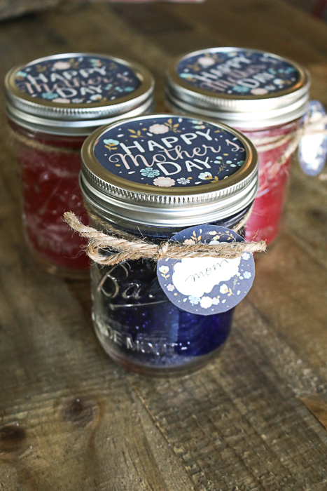 how to add scent to homemade candles