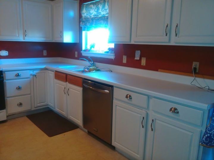 diy beautiful wood countertops for under 200 hometalk. Black Bedroom Furniture Sets. Home Design Ideas