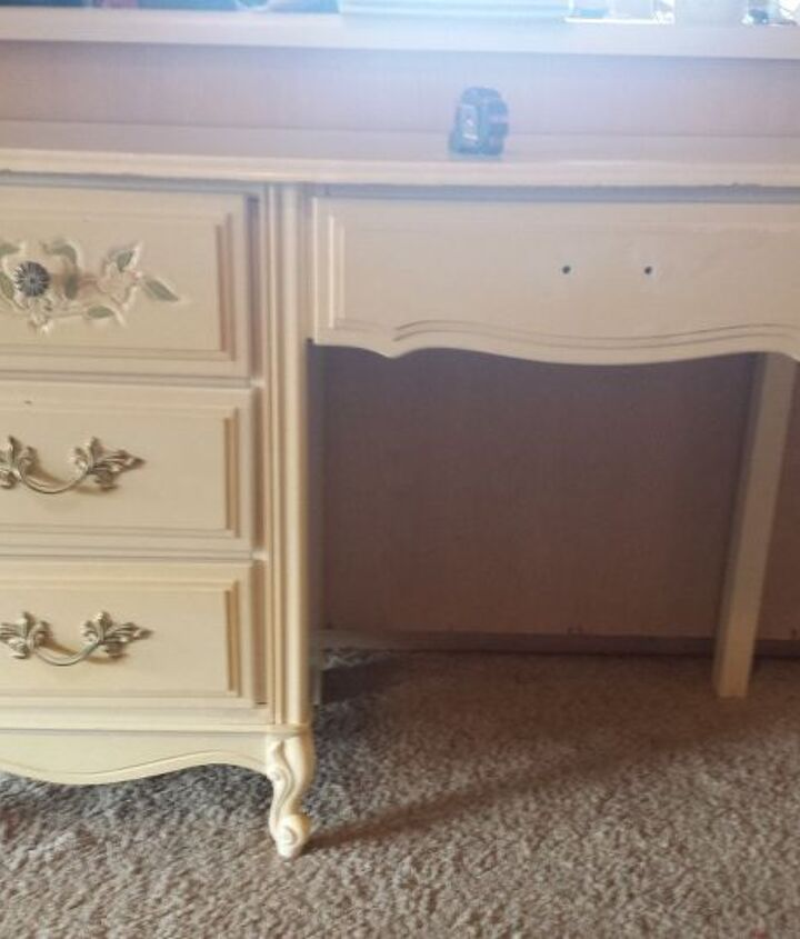 desk makeover spray paint and scrapbook paper, decoupage, how to, painted furniture