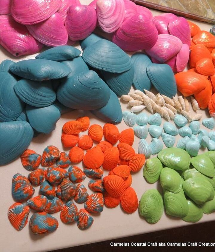 painted shells for table display and the gift sign i made, crafts, how to, repurposing upcycling