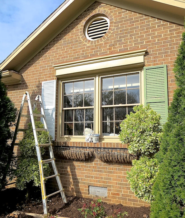 easily paint your shutters, curb appeal, how to, painting, windows