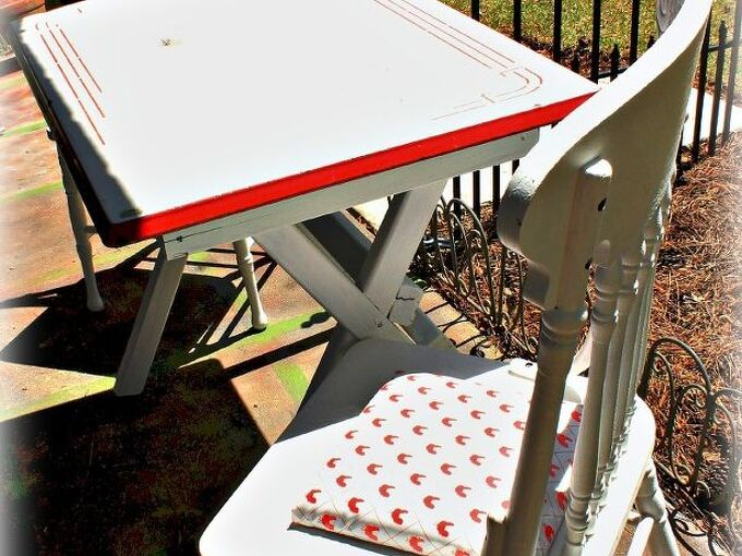 enamelware table up cycle 30dayflip, painted furniture, repurposing upcycling
