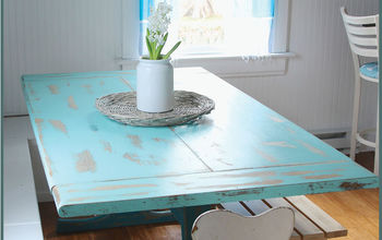 Banquette Table Gets a Refreshing New Look
