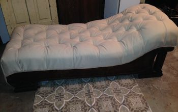 Reviving and Antique Fainting Couch