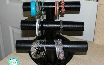 DIY Paper Towel Roll Jewelry Holder