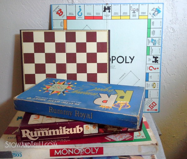 Repurposed Board Games To Art For A Game Room | Hometalk