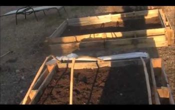 Raised Planter Bed From Pallets QUICK AND EASY