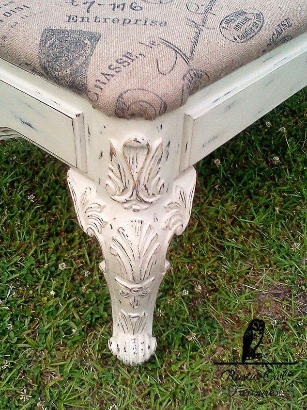 old coffee table turned into a bench, chalk paint, painted furniture, repurposing upcycling, shabby chic
