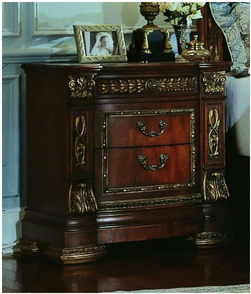Pulaski Furniture Store: How Can I Find Discontinued Pulaski Or Neiman Marcus