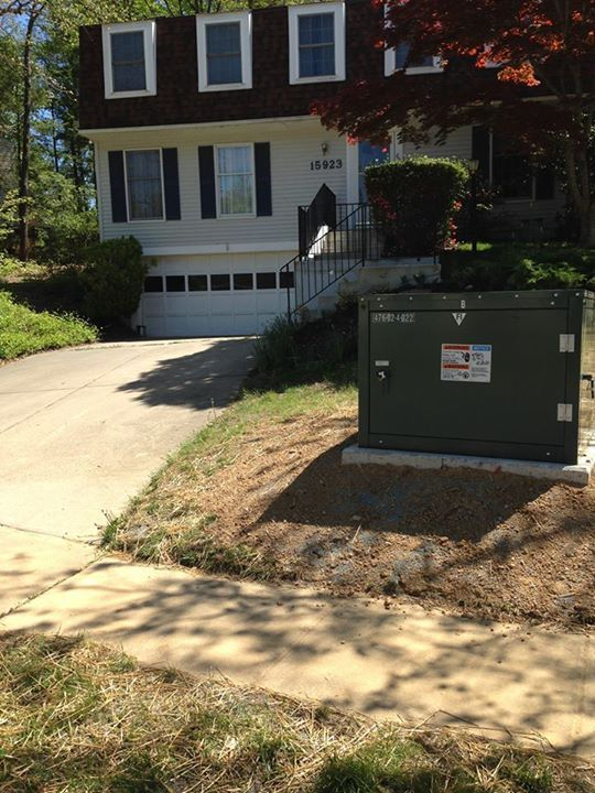 q electric box in front yard, curb appeal, outdoor living, Electric box in front yard