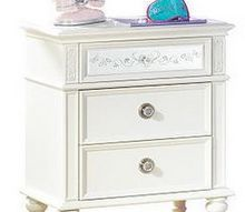 q to paint or not to paint, chalk paint, painted furniture, White nightstand with mirrored drawer front and glass knobs