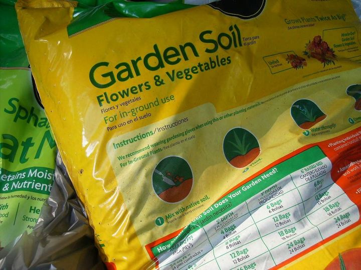 q potting mix that doesn t absorb water well, container gardening, gardening