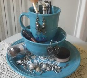 Repurposed Old Dinnerware to Make A Makeup and Jewelry organizer