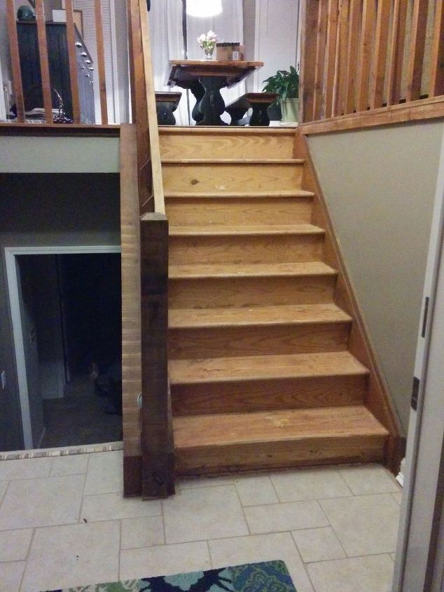 Foyer Stairs Ymca : Split foyer staircase gets a makeover hometalk