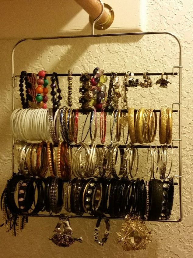 old pant hanger to jewlery organizer, organizing, repurposing upcycling