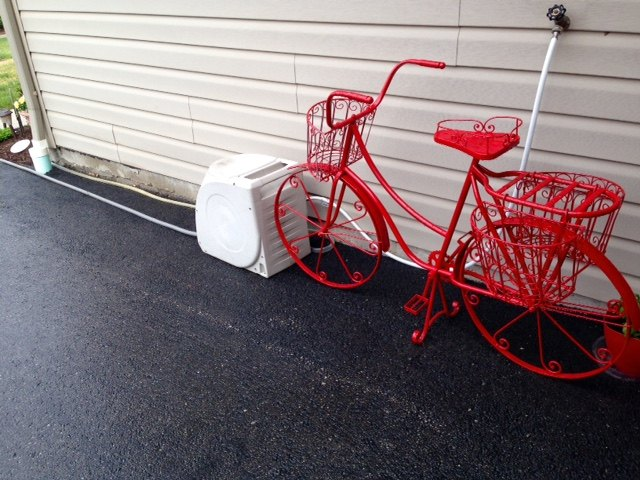 Candy Apple Red, Spray painted the bike