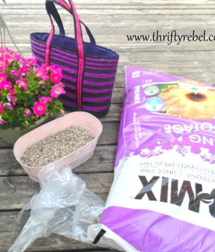 how to make a purse planter, container gardening, flowers, gardening, how to, repurposing upcycling