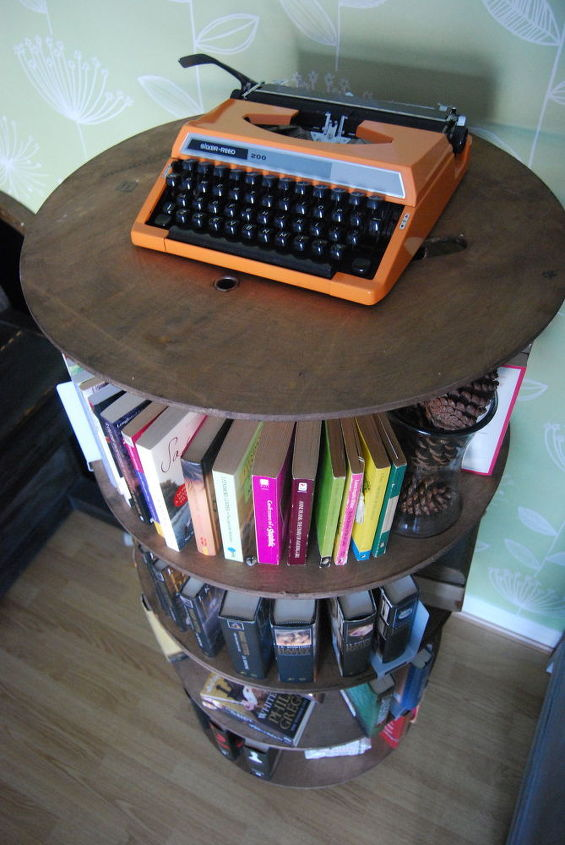 cable reel from construction sites to bookcase, repurposing upcycling, rustic furniture, shelving ideas