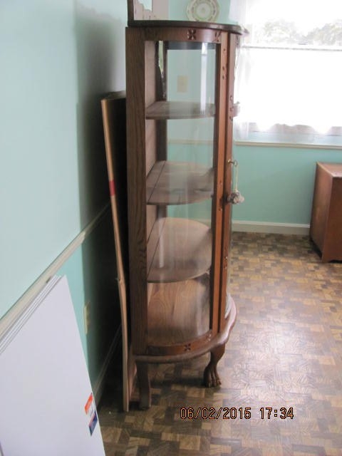 q identifying age or maker of a china cabinet, painted furniture, repurposing upcycling