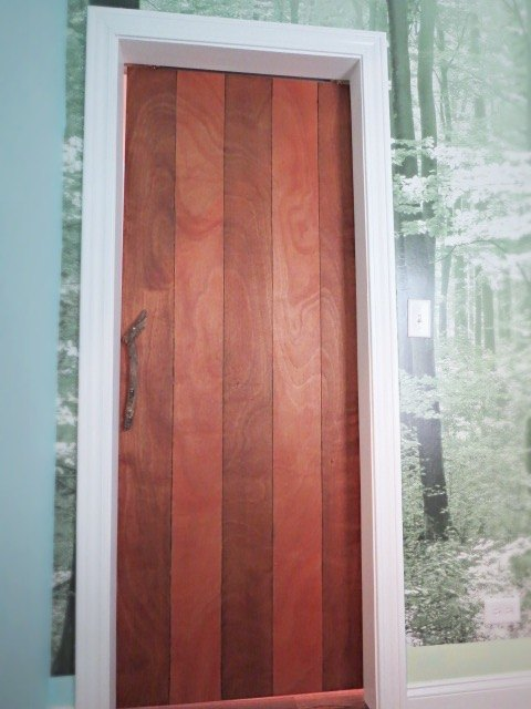 DIY: A Sliding Barn-Type Bedroom Door | Hometalk