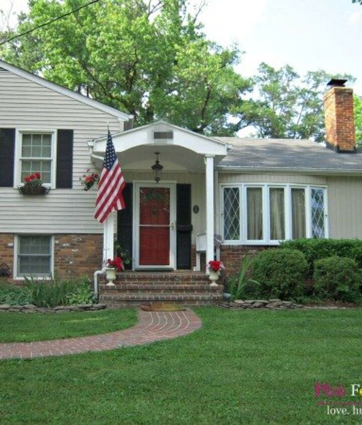 our homestead s jaw dropping facelift, curb appeal, flowers, gardening, paint colors, painting