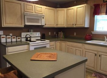 painting kitchen5 Top Wall Colors For Kitchens With Oak Cabinets  Hometalk