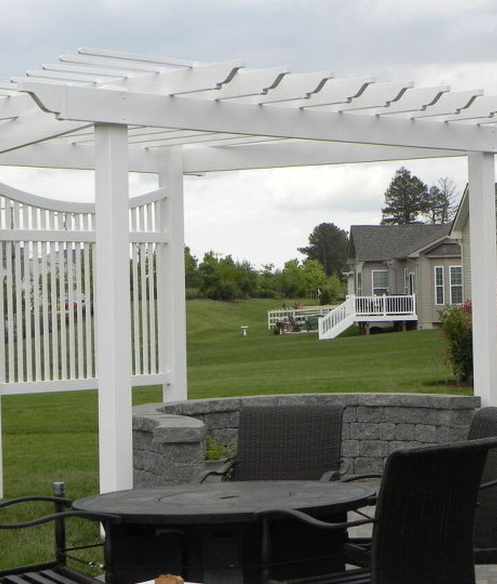 pergola on a curved patio, outdoor living, patio