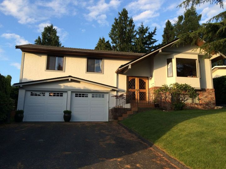 q suggestions for curb appeal update, curb appeal, doors, paint colors, painting