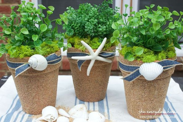 How to upcycle Cheap Flower Pots