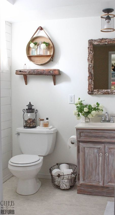 This Tiny Bathroom Was In Desperate Need Of Some TLC Until Now - Tiny bathroom makeover