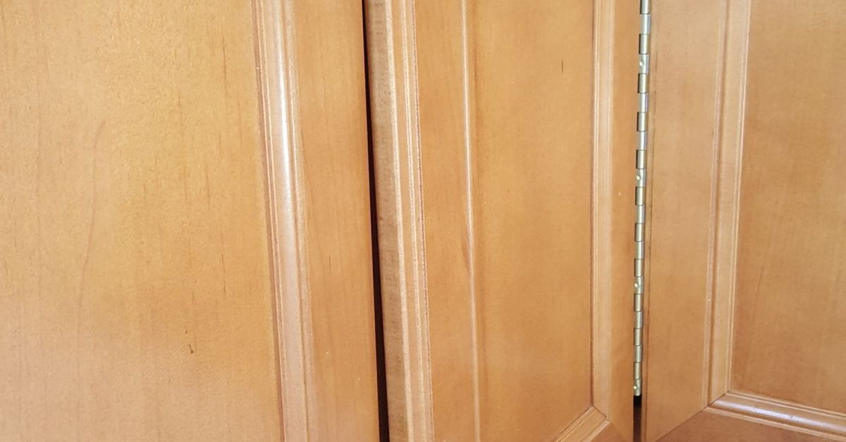 fixing kitchen cabinet doors warped cabinet doors hometalk 7223