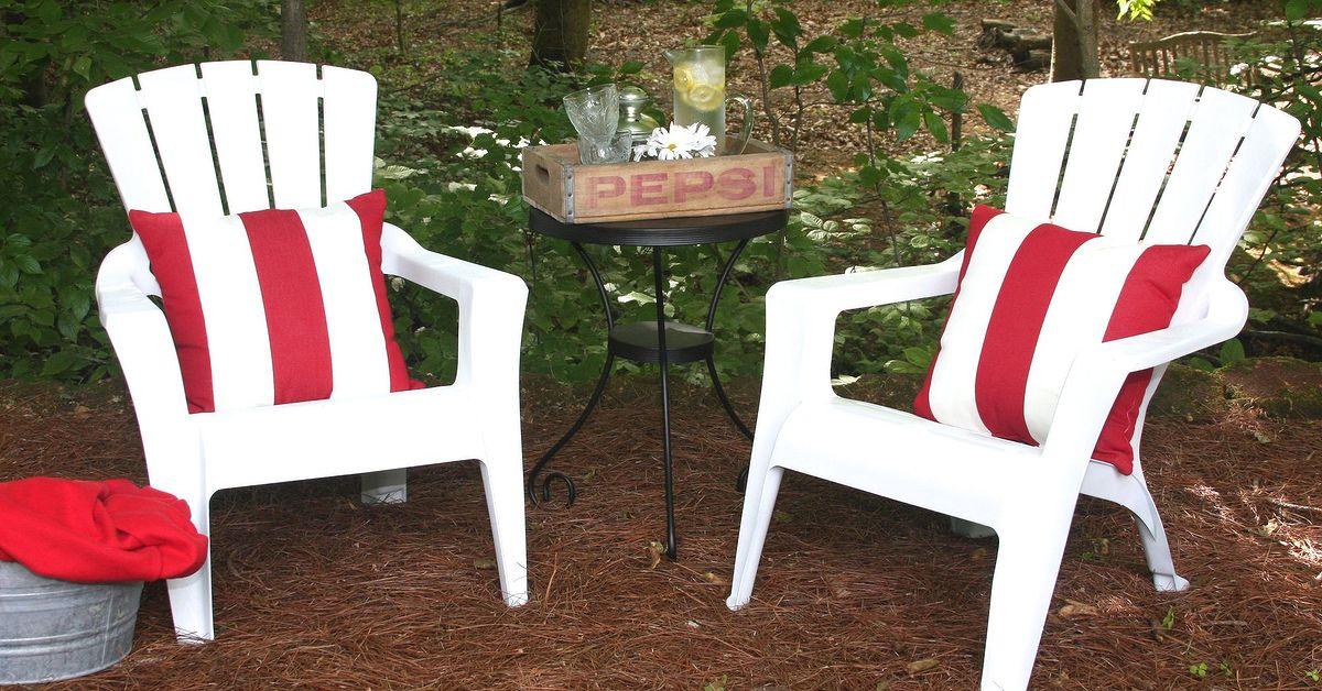 How to Paint Plastic Outdoor Furniture | Hometalk