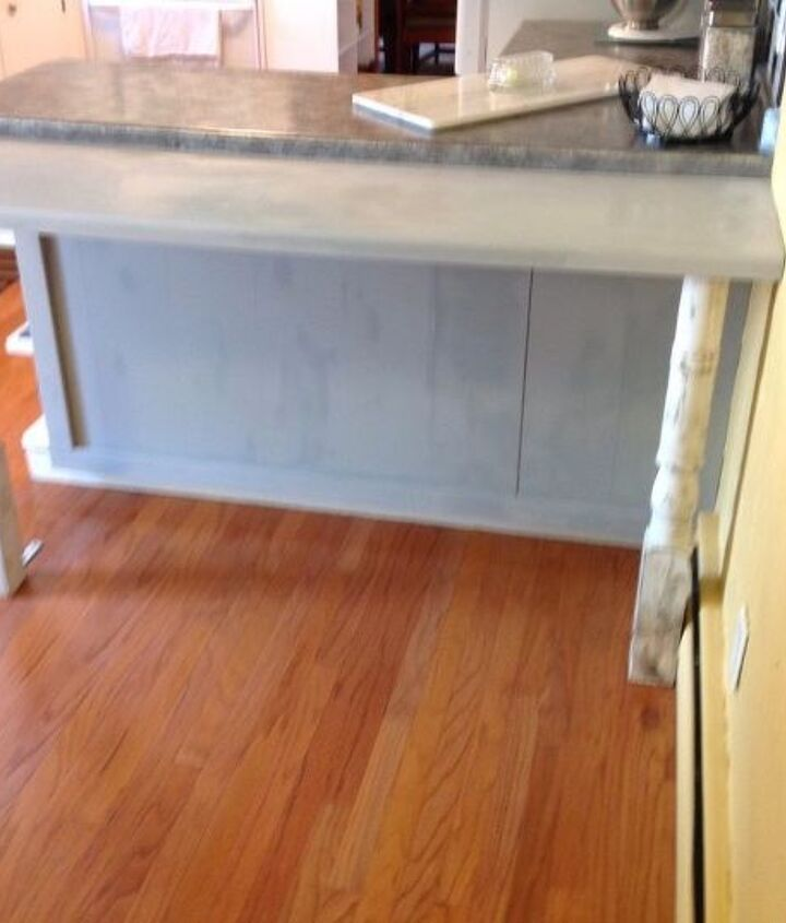 additional seating in the kitchen, kitchen cabinets, kitchen design, woodworking projects