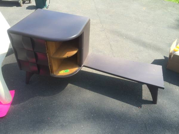 q table identification, painted furniture, repurposing upcycling