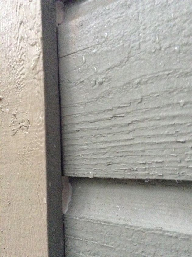 q how to prevent water in the house during rain, home maintenance repairs, we even put some extra sealant between the siding and the window but it did not help