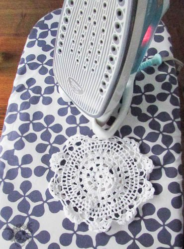 Diy Vintage Doily Table Runner Crafts Dining Room Ideas How To Repurposing
