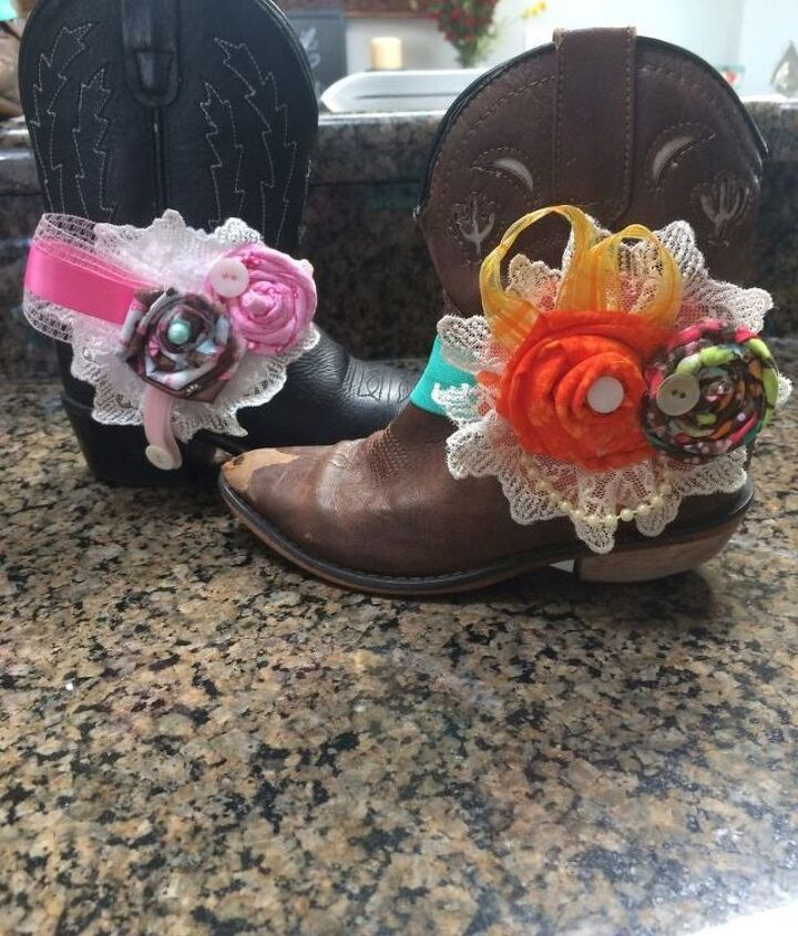cowgirl themed center piece, crafts, flowers, repurposing upcycling