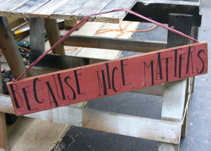 upcycled welcome sign, crafts, how to