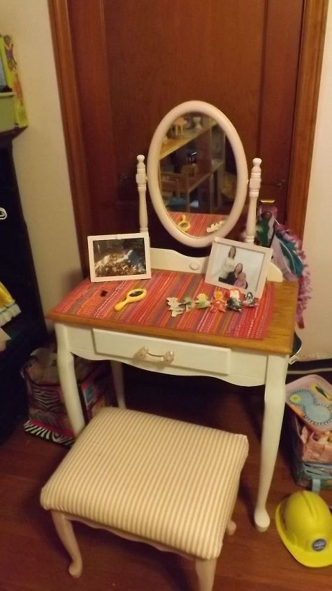 small dressing table makeover, painted furniture