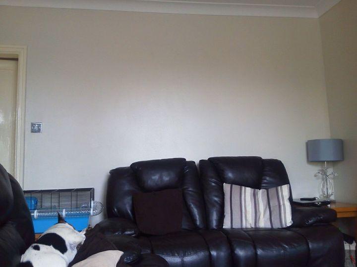 q ideas for small living room decor, living room ideas, Very bland walls again