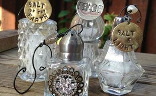 vintage salt shaker christmas ornaments, christmas decorations, repurposing upcycling, seasonal holiday decor