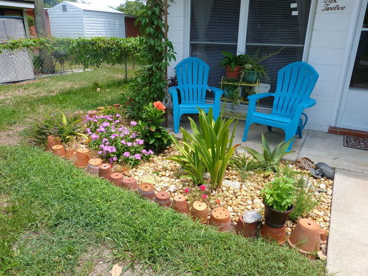 using terra pots for small garden border, container gardening, curb appeal, gardening, raised garden beds