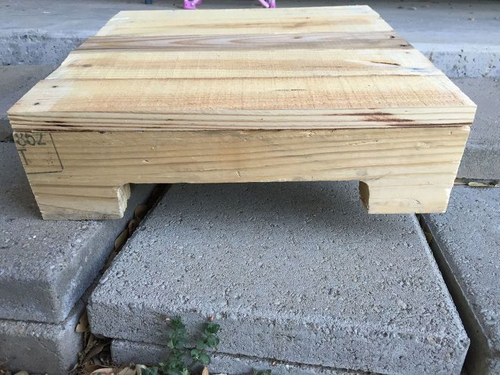 diy pallet end table  diy  how to  pallet  repurposing upcycling   woodworking. DIY Pallet End Table   Hometalk