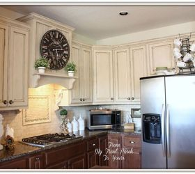 creating a french country kitchen cabinet finish using chalk paint chalk paint kitchen backsplash
