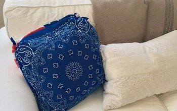 30-Second No-Sew Bandana Pillow Cover