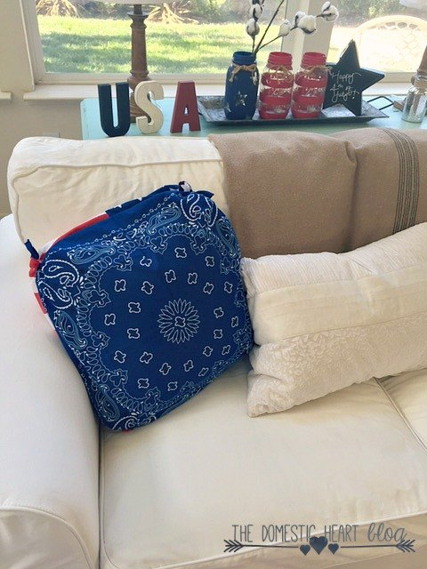 30 second no sew bandana pillow cover, crafts, how to, patriotic decor ideas, repurposing upcycling, reupholster